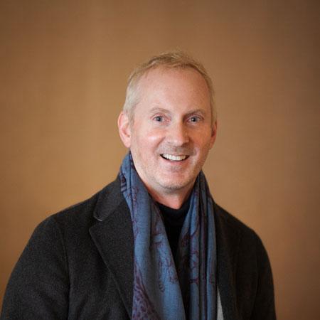professional photo of Thomas Hunter
